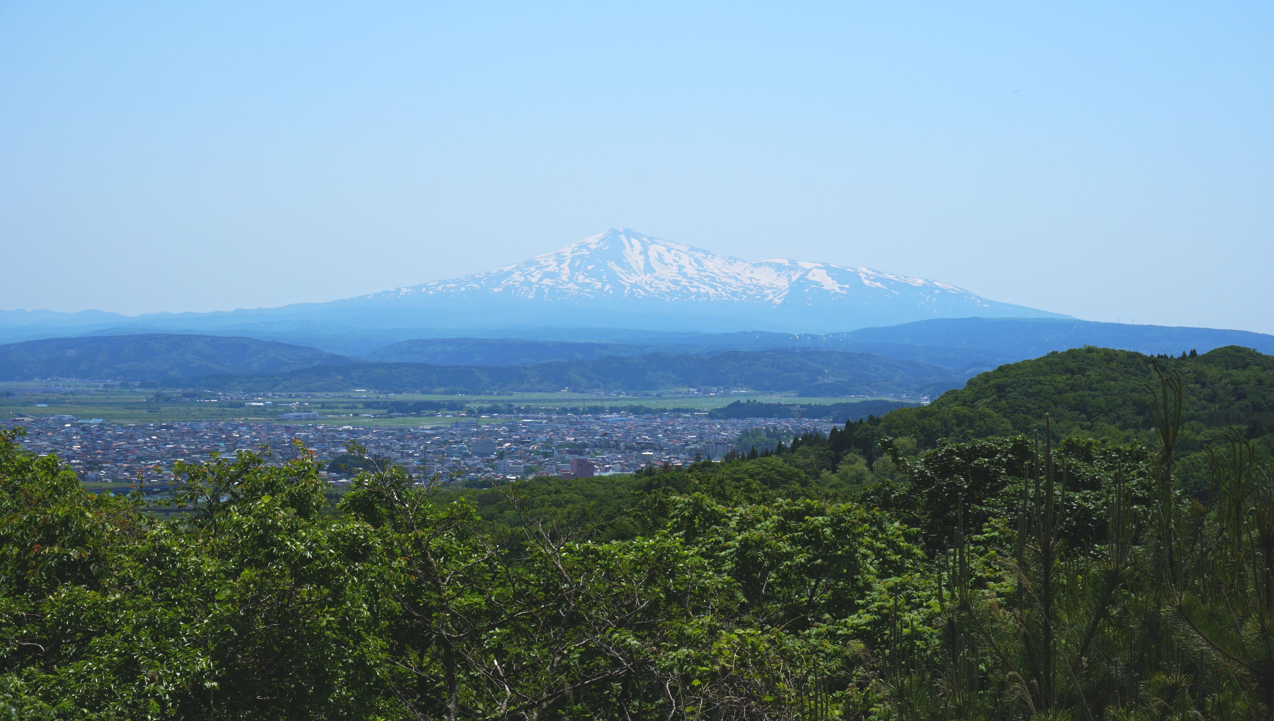 5 Montanhas para escalar agora que o Monte Fuji está interditado 4