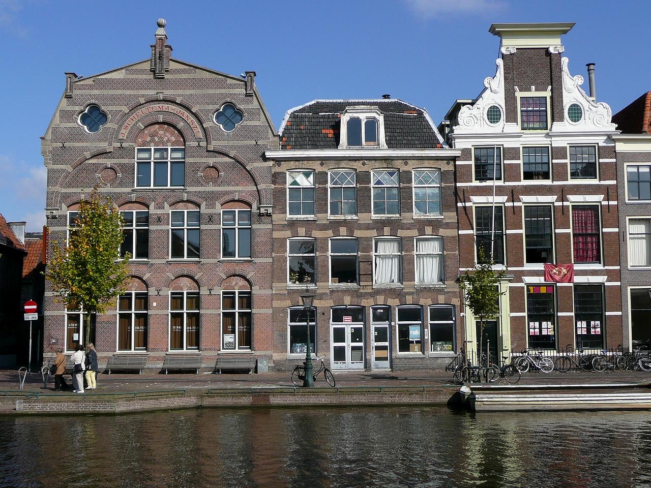 e dating Leiden