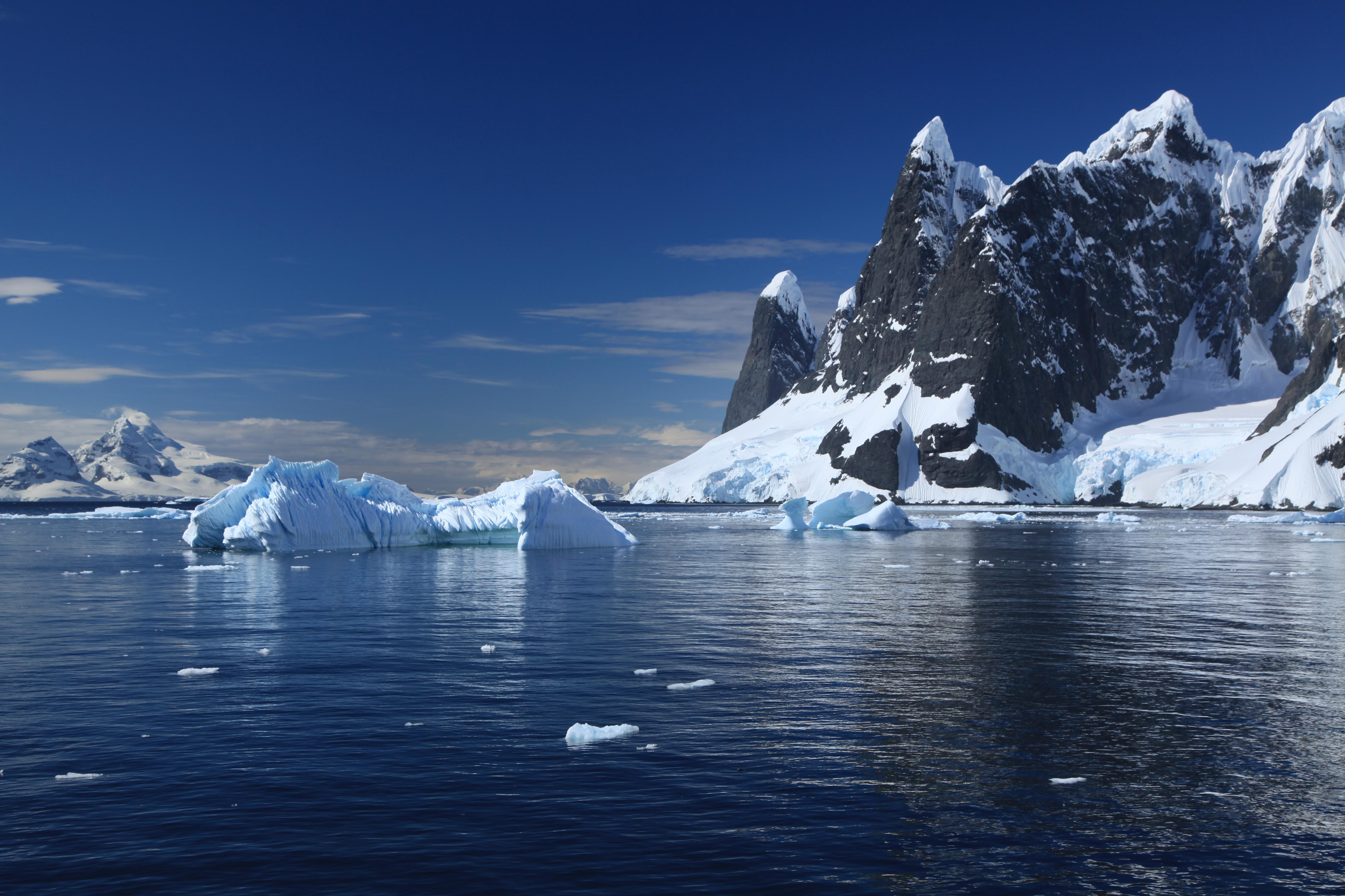 Lemaire_Channel%2C_Antarctica_(606229924