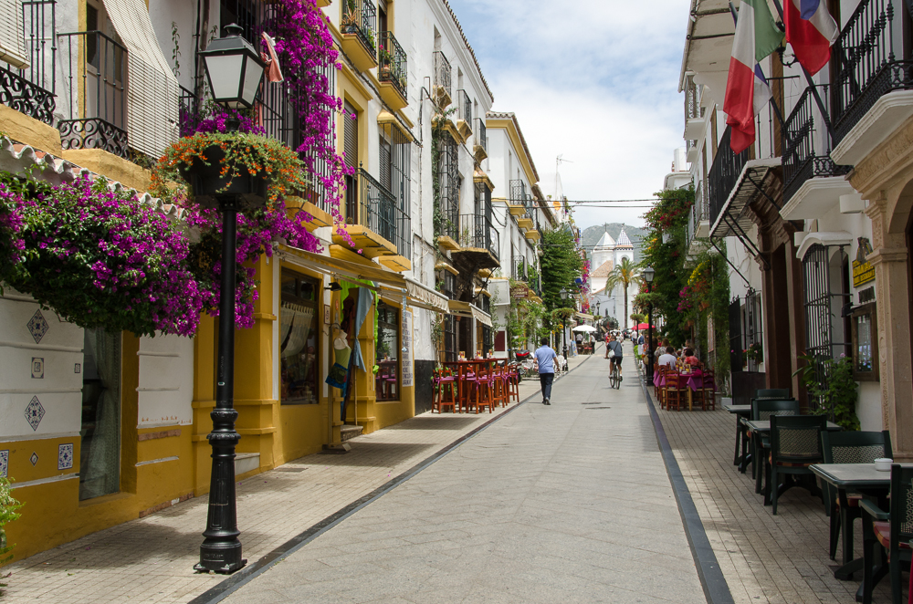 File:Marbella old town (5).jpg - Wikimedia Commons