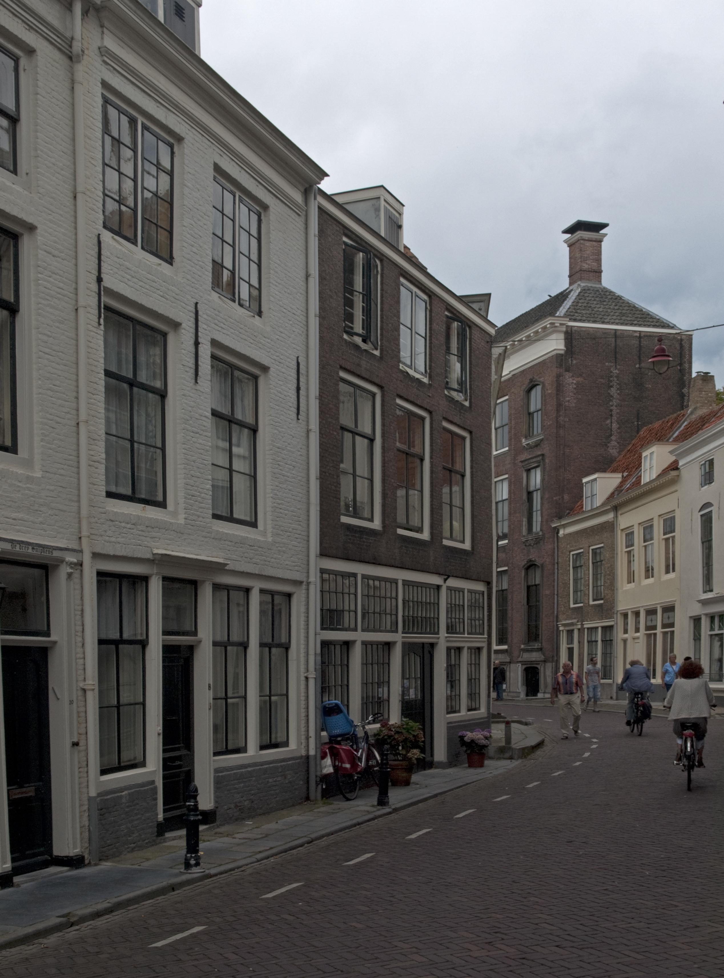 Huis met rechte gevel in middelburg monument - Oude huis gevel ...