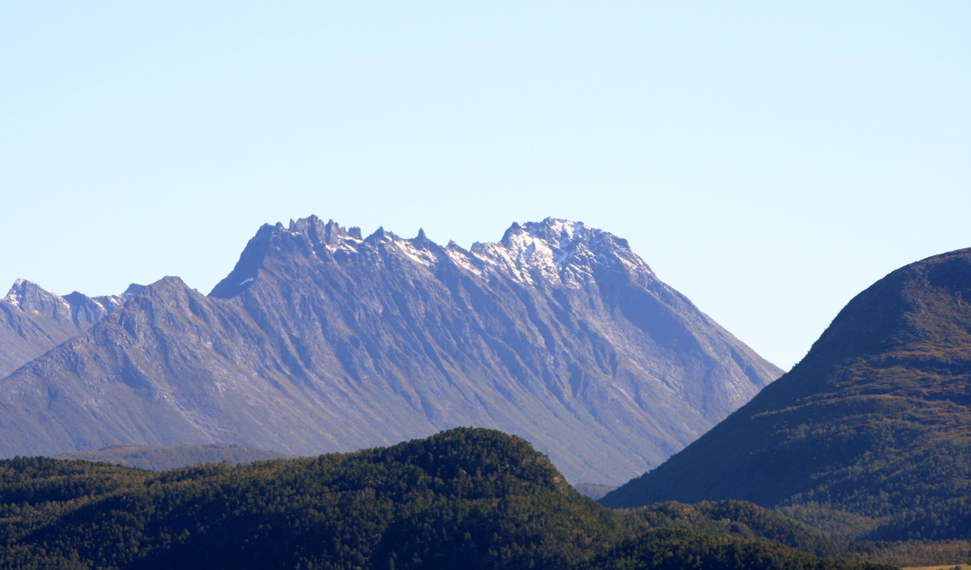File:Mountain view from home3.jpg - Wikimedia Commons