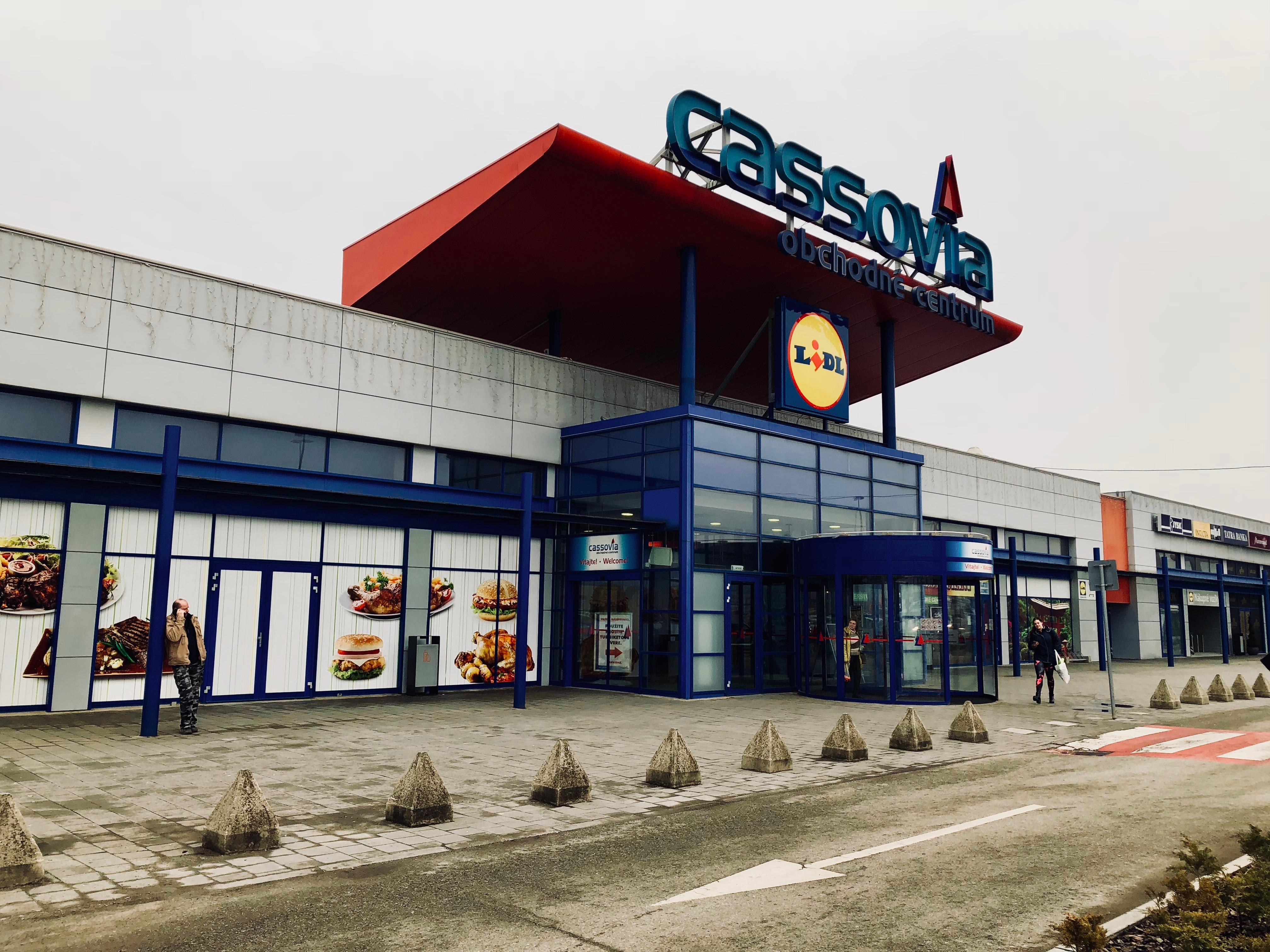 c63812a8b Obchodné centrum Cassovia – Wikipédia
