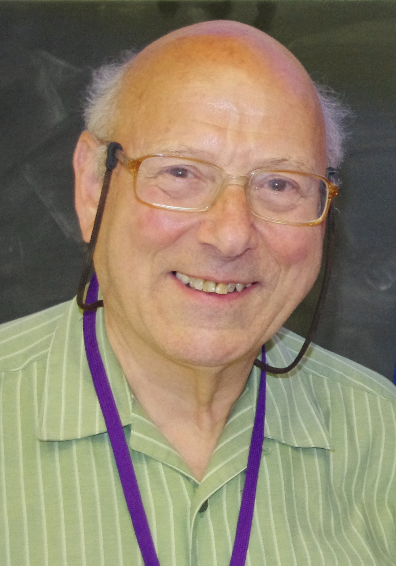 Peter M . Neumann