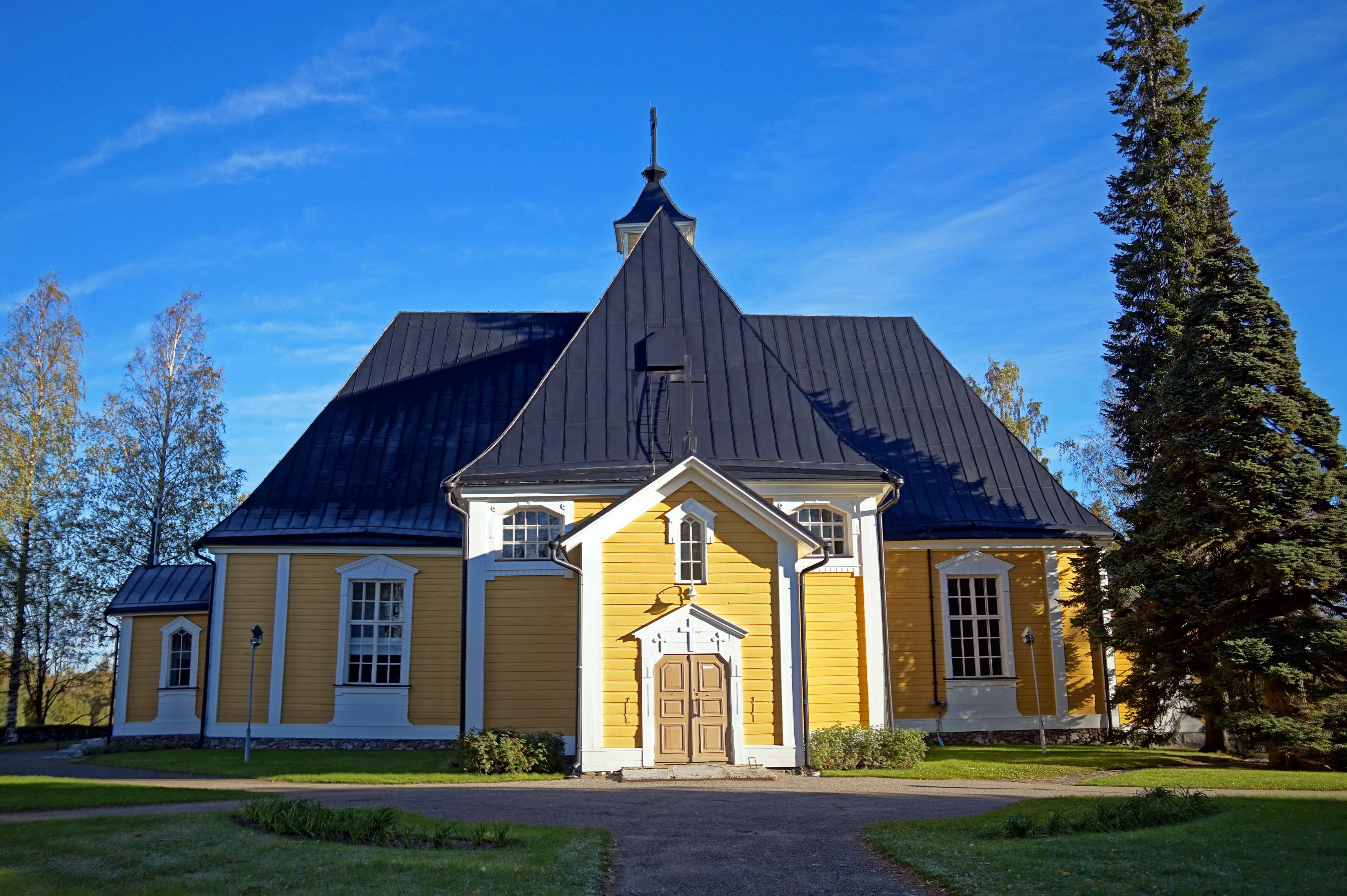 Pieksämäki Old Church 3.jpg