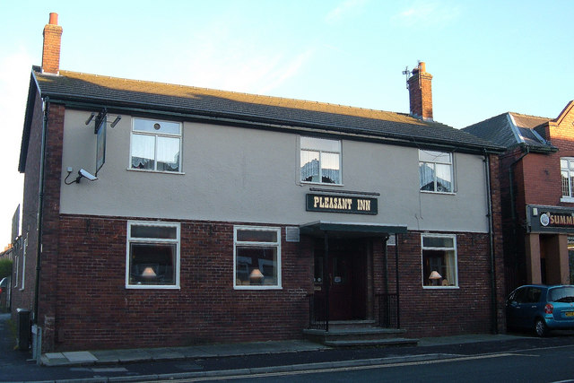 Creative Commons image of The Pleasant Inn in Oldham