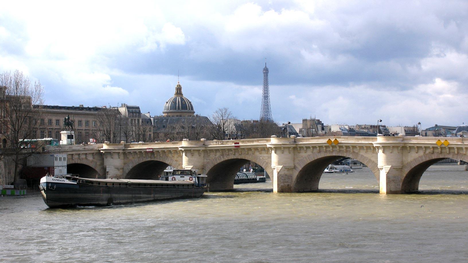 Most Stunning And Iconic Bridges In Paris