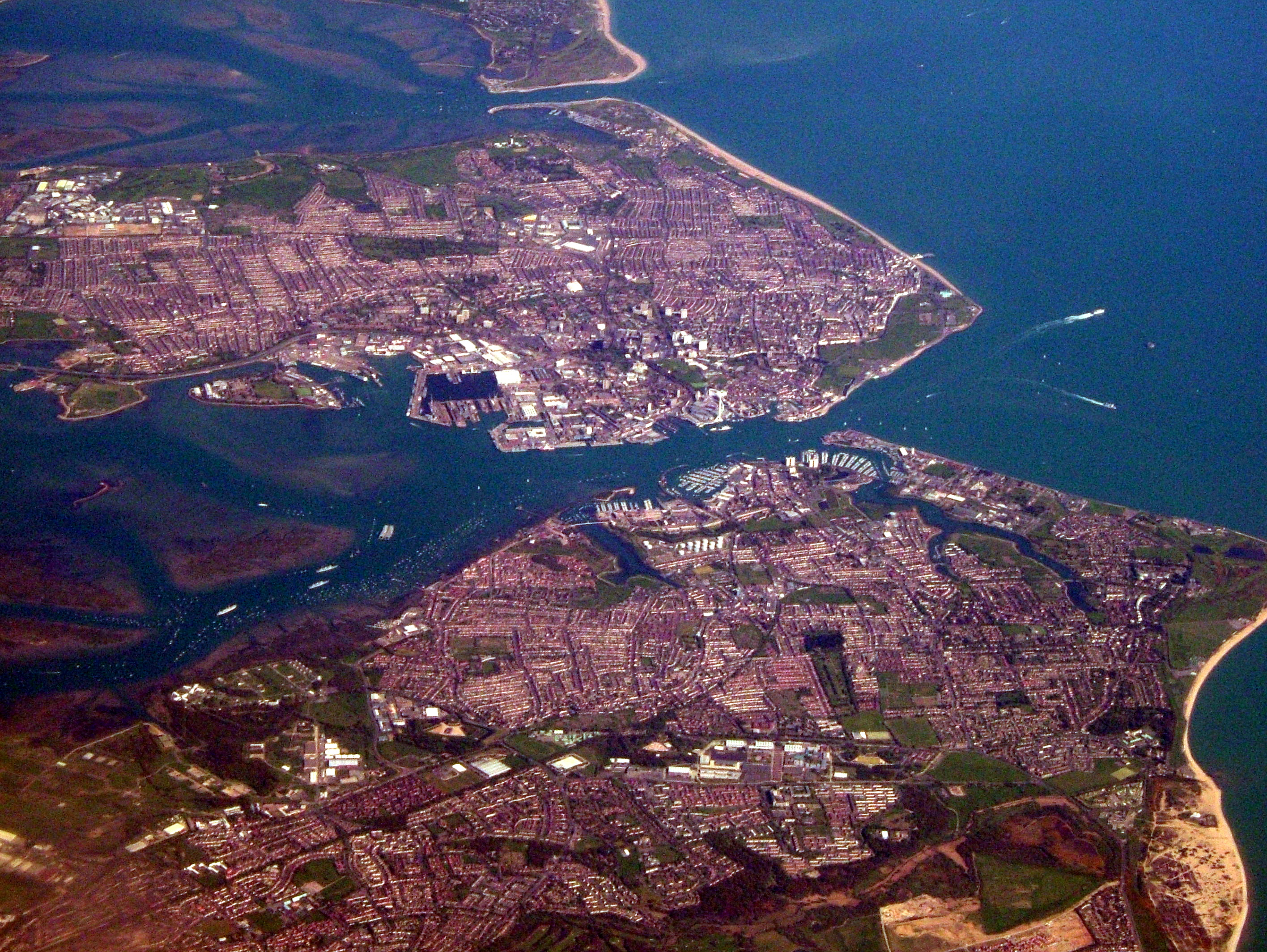 File:Portsmouth.jpg