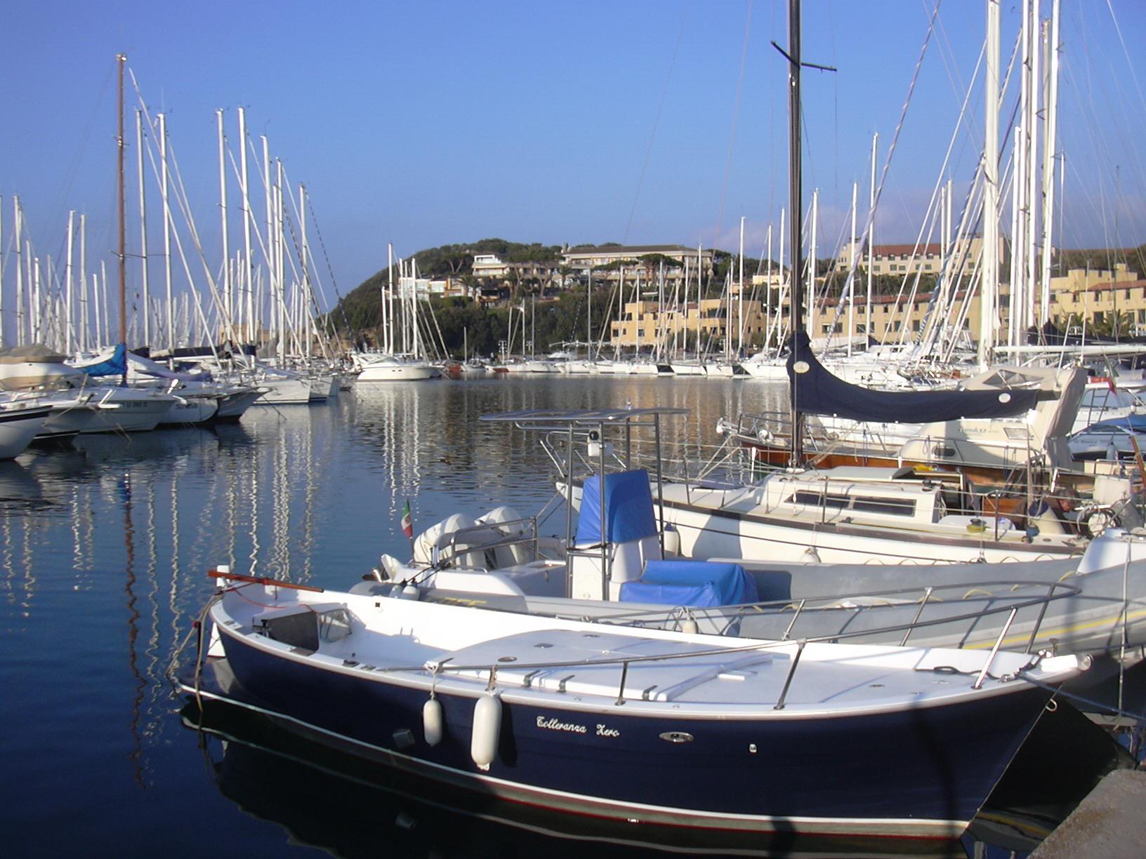 Punta Ala, porto