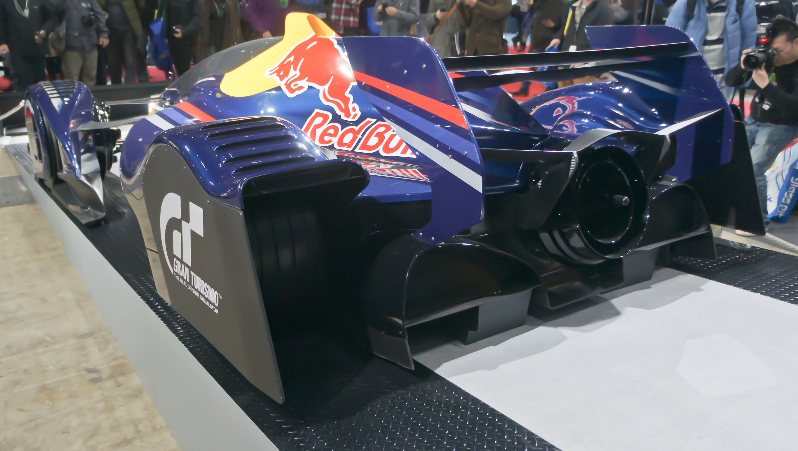 File:Red Bull X2010 rear 2012 Tokyo Auto Salon.jpg - Wikimedia Commons