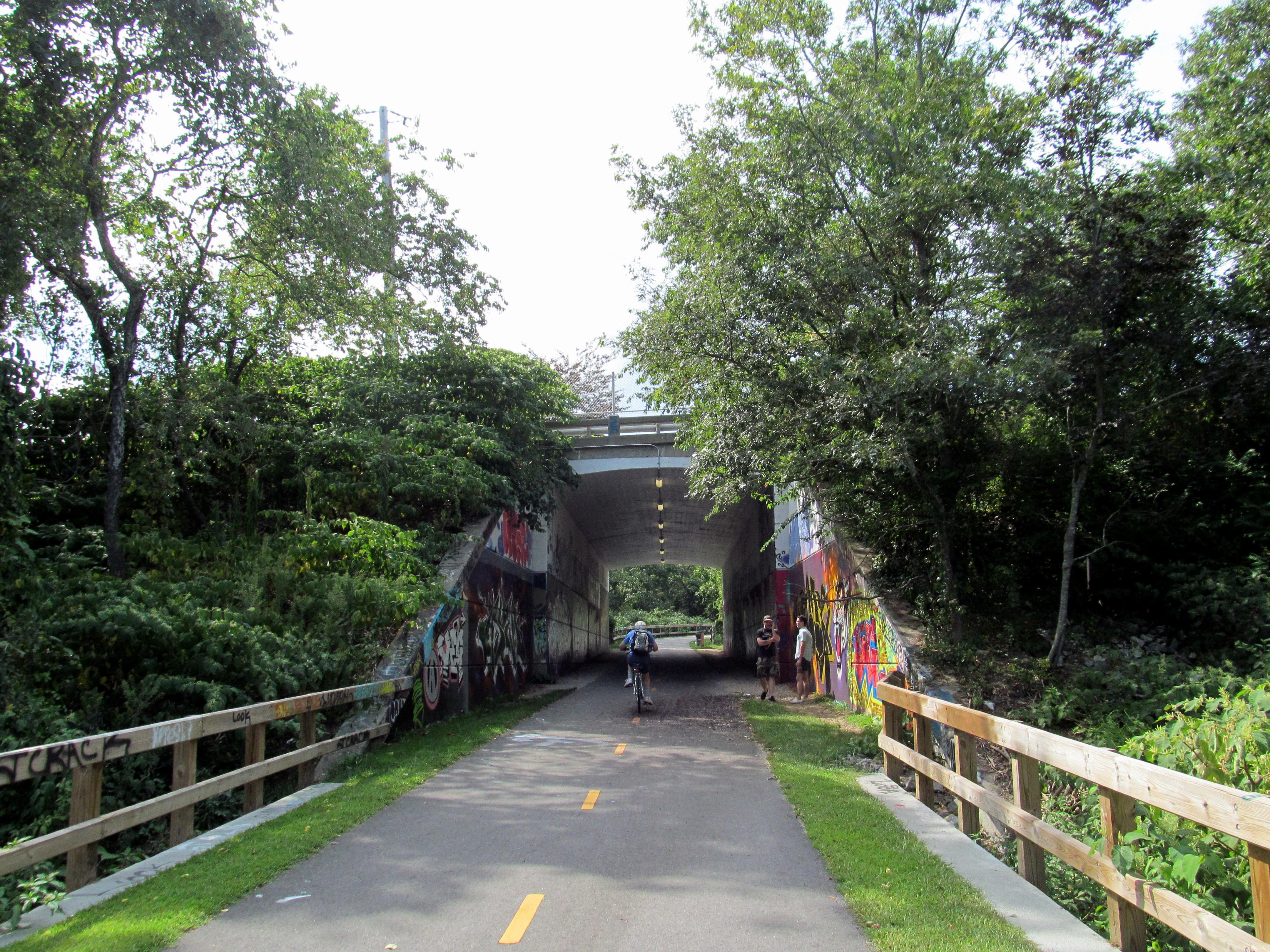 Rhode Island North South Trail