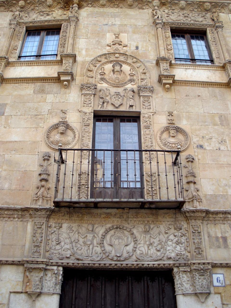 Archivo:Salamanca - Casa de las Muertes 2.jpg