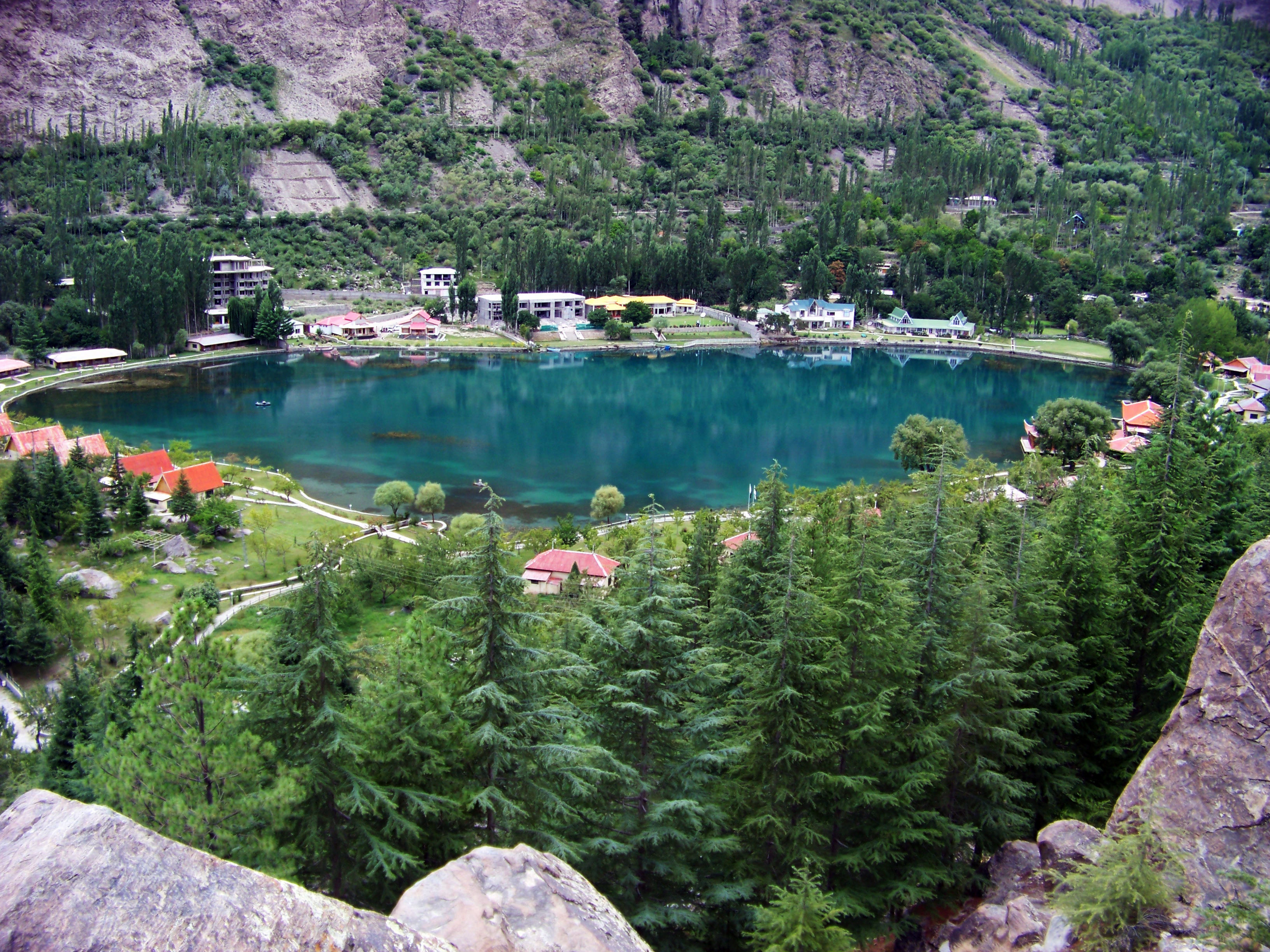 Top 10 Most Beautiful Lakes In The World Home Made Art