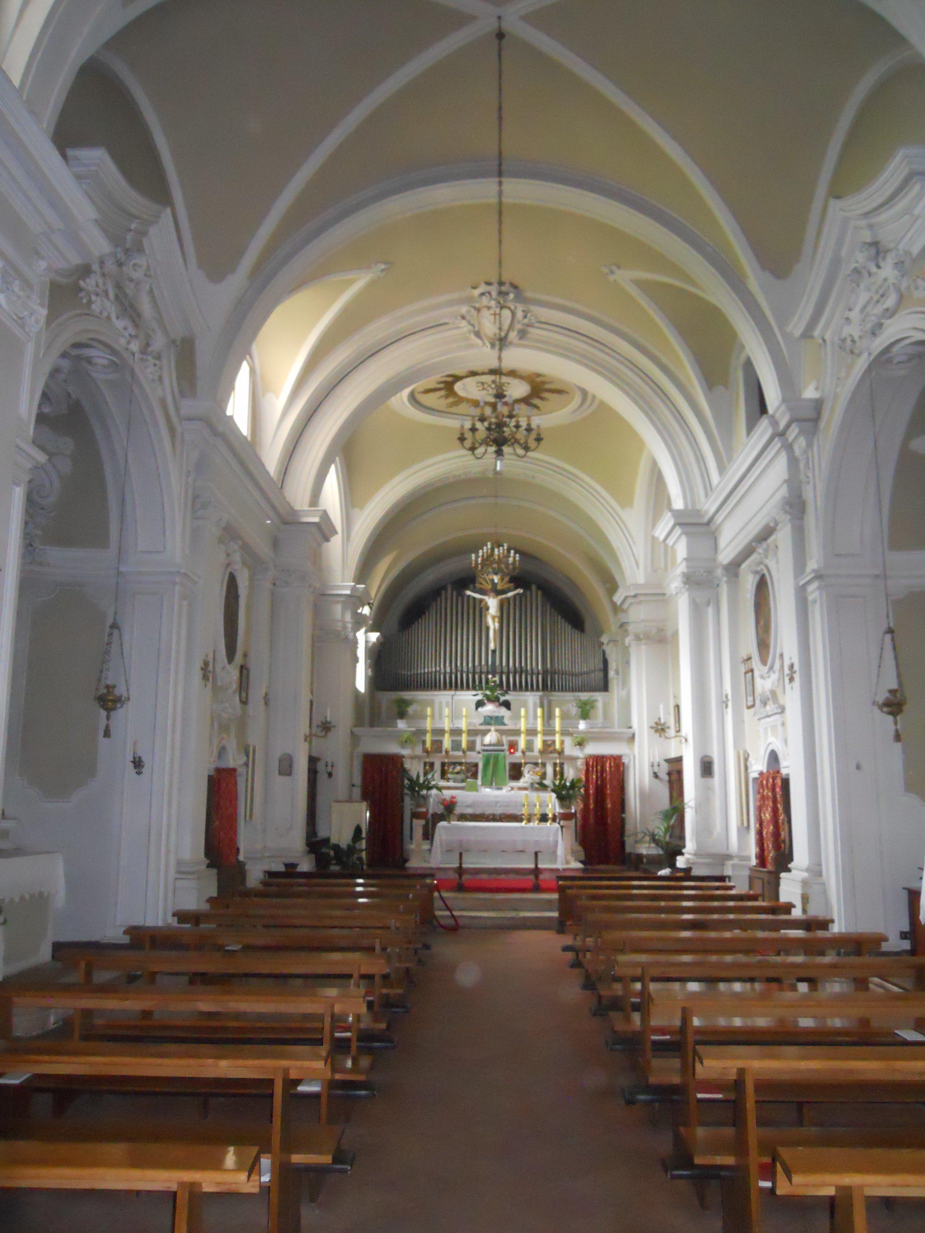 File sinalunga chiesa di san bernardino for Interno chiesa