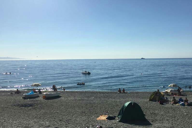 Matrimonio Spiaggia Roccalumera : File spiaggia di roccalumera g wikipedia