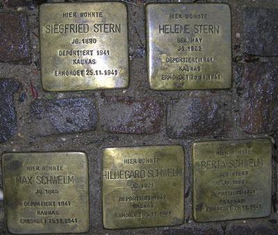 Stolpersteine Alt Heddernheim 33.jpg