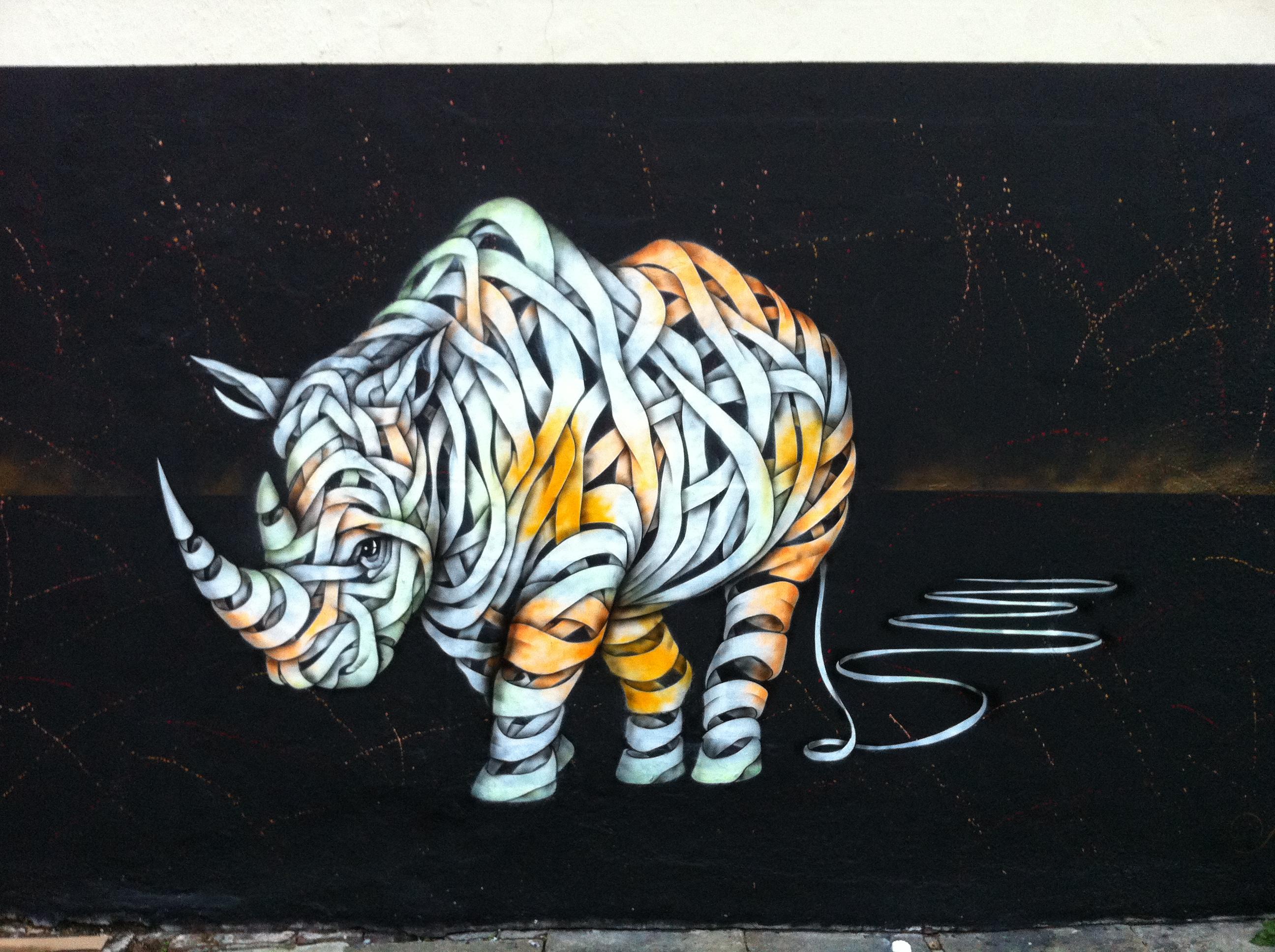 File:Street art near C...