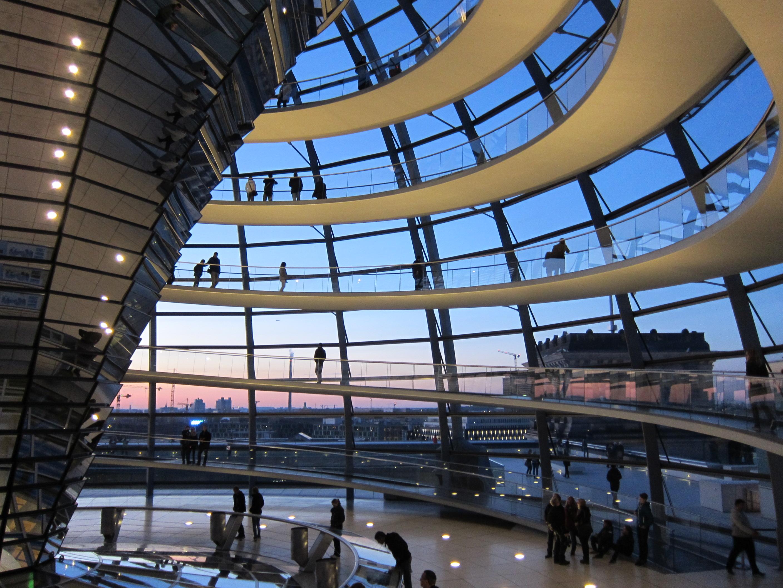 Interno della Cupola del Reichstag