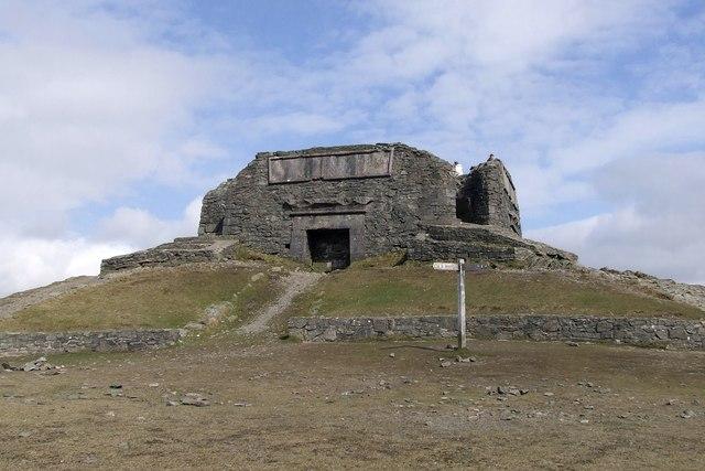 The Jubilee Tower, Moel Famau (geograph 2908172)