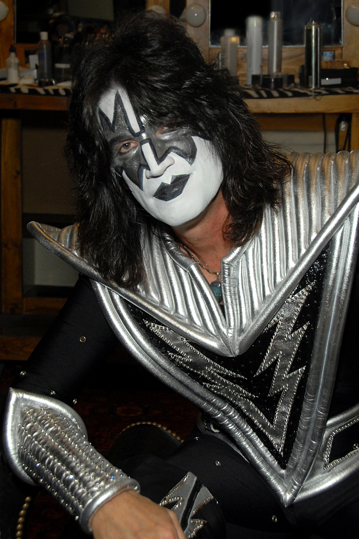 Tommy Thayer Net Worth