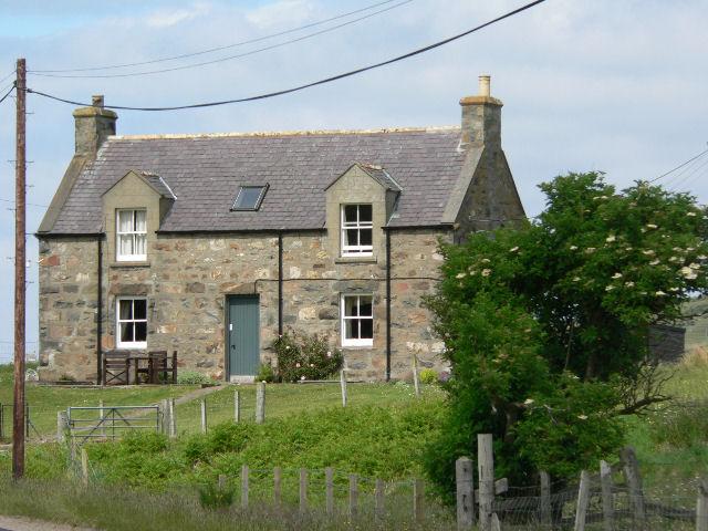 FileTraditional Stone House At Leckfurin