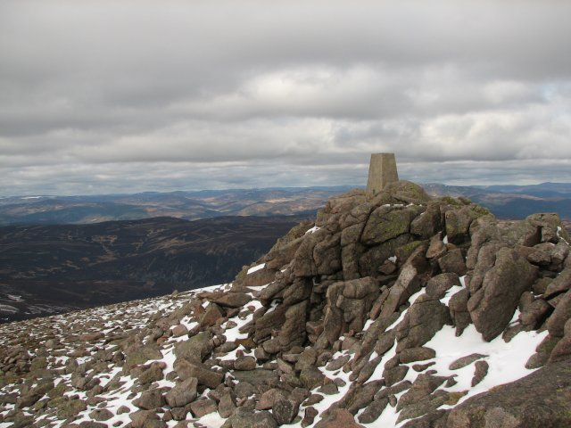 Trig point, Mount Keen - geograph.org.uk - 728181