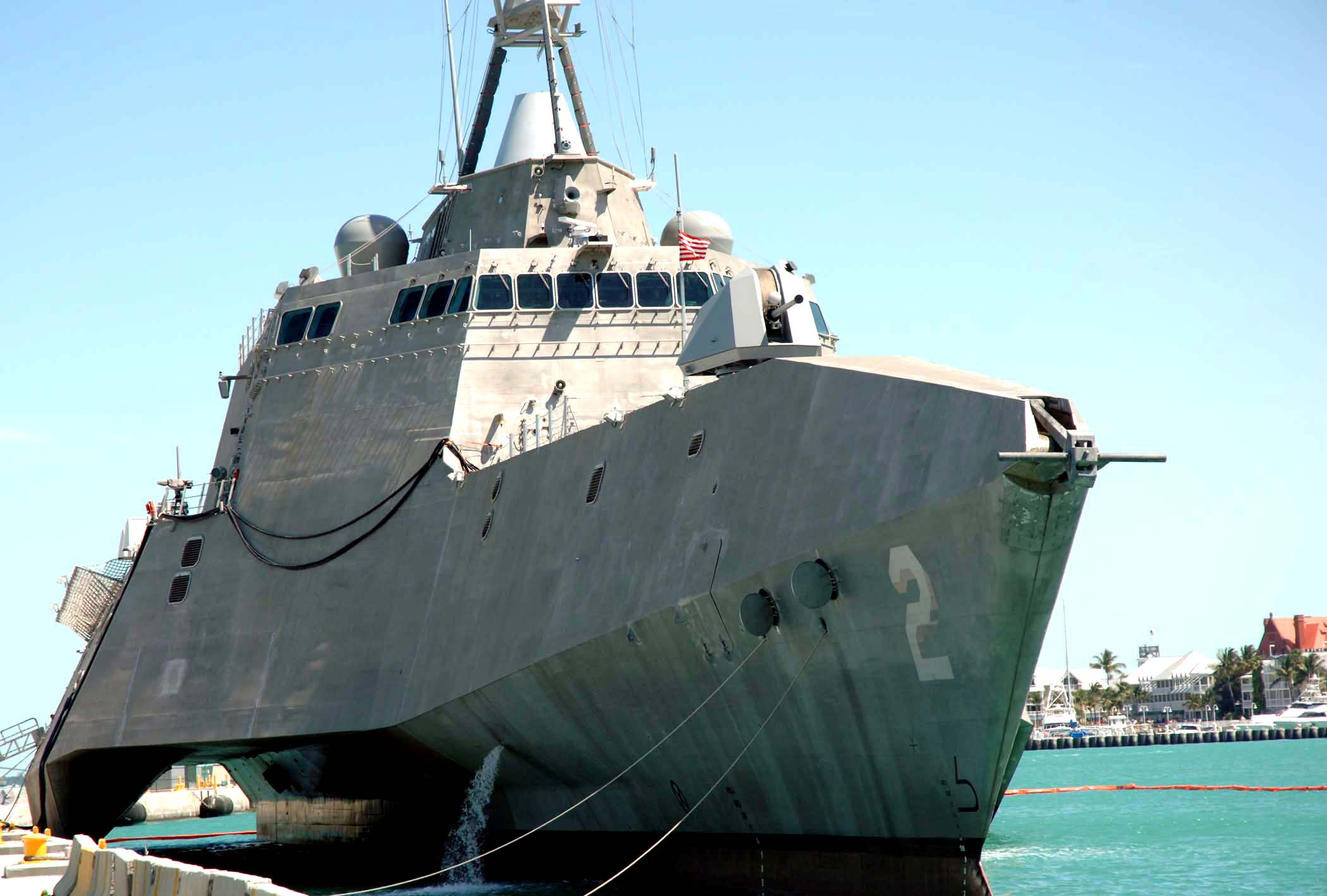 US_Navy_100331-N-1876H-044_USS_Independence_%28LCS_2%29_is_pier_side_during_a_port_visit_to_Key_West%2C_Fla.jpg