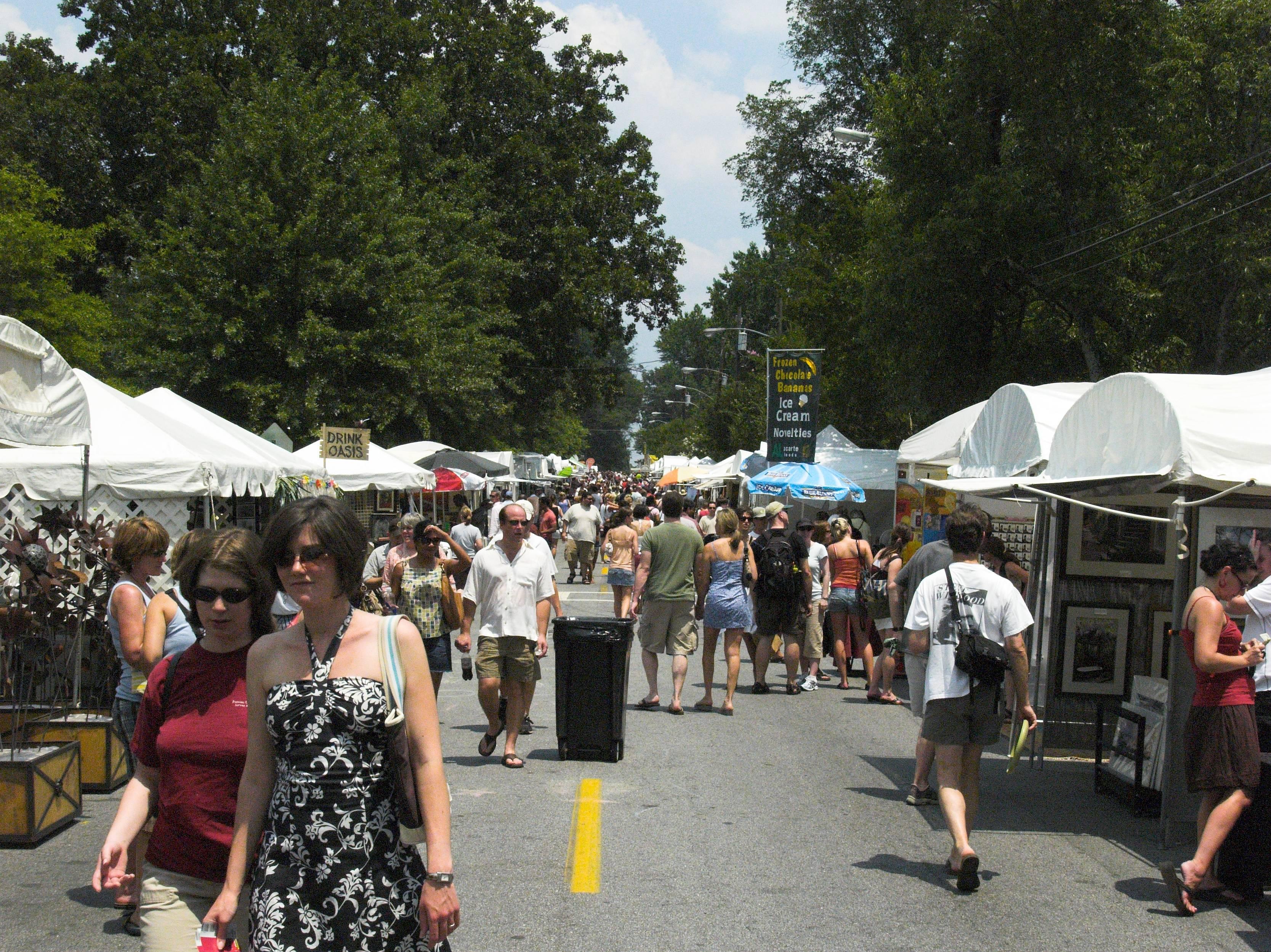 People in Virginia Bazaar