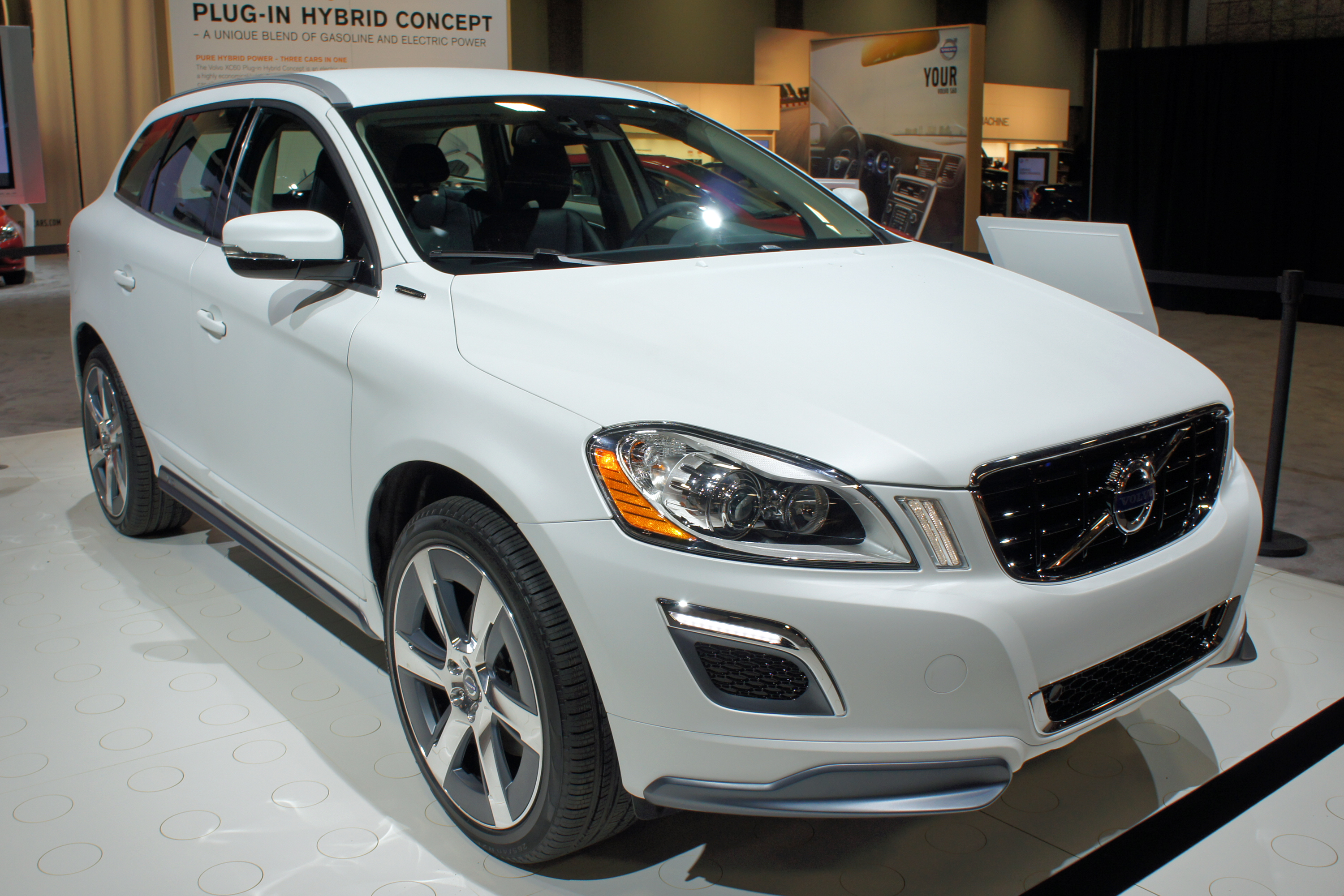 File Volvo Xc60 Plug In Hybrid Was 2012 0731 Jpg