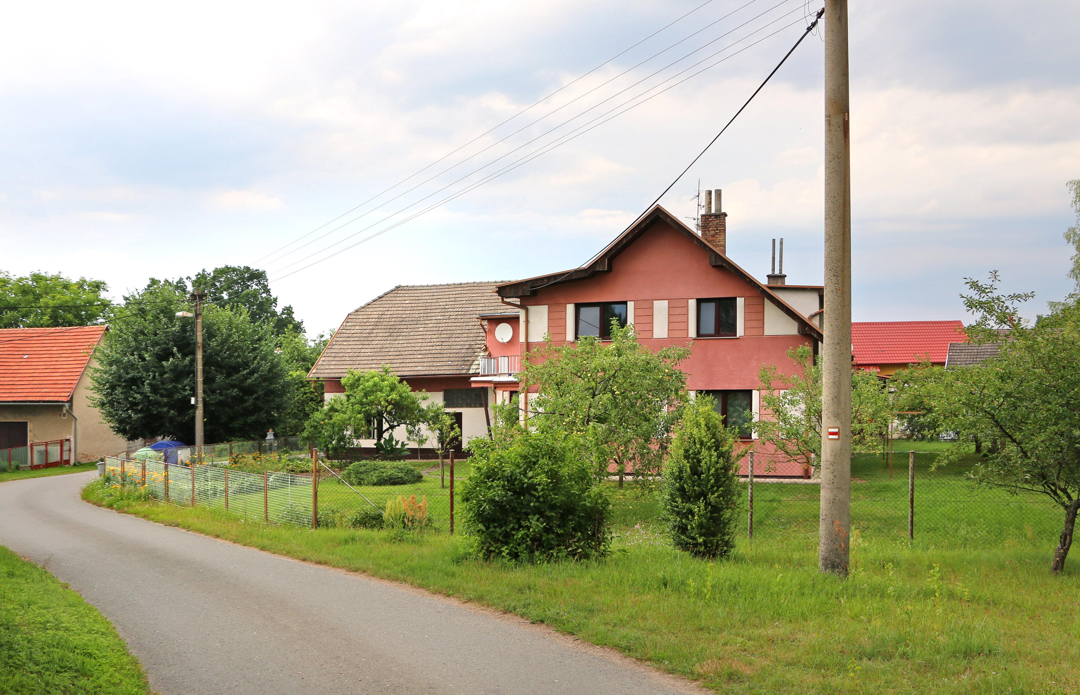 Btl House Or Rooms