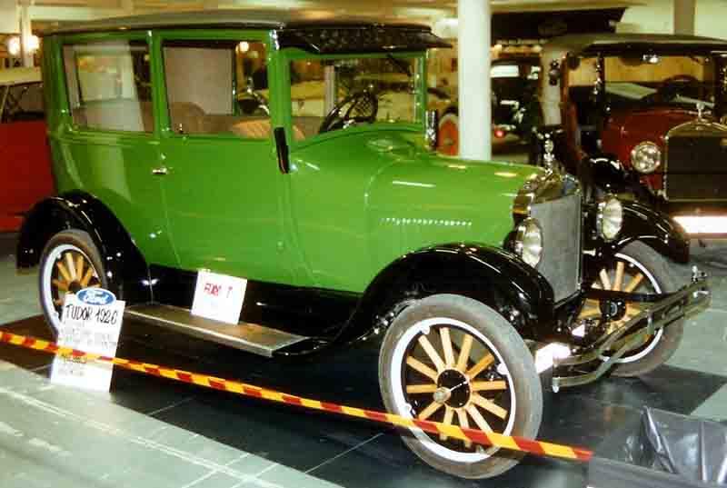 File1926 Ford Model T Tudor Sedan 2jpg  Wikimedia Commons