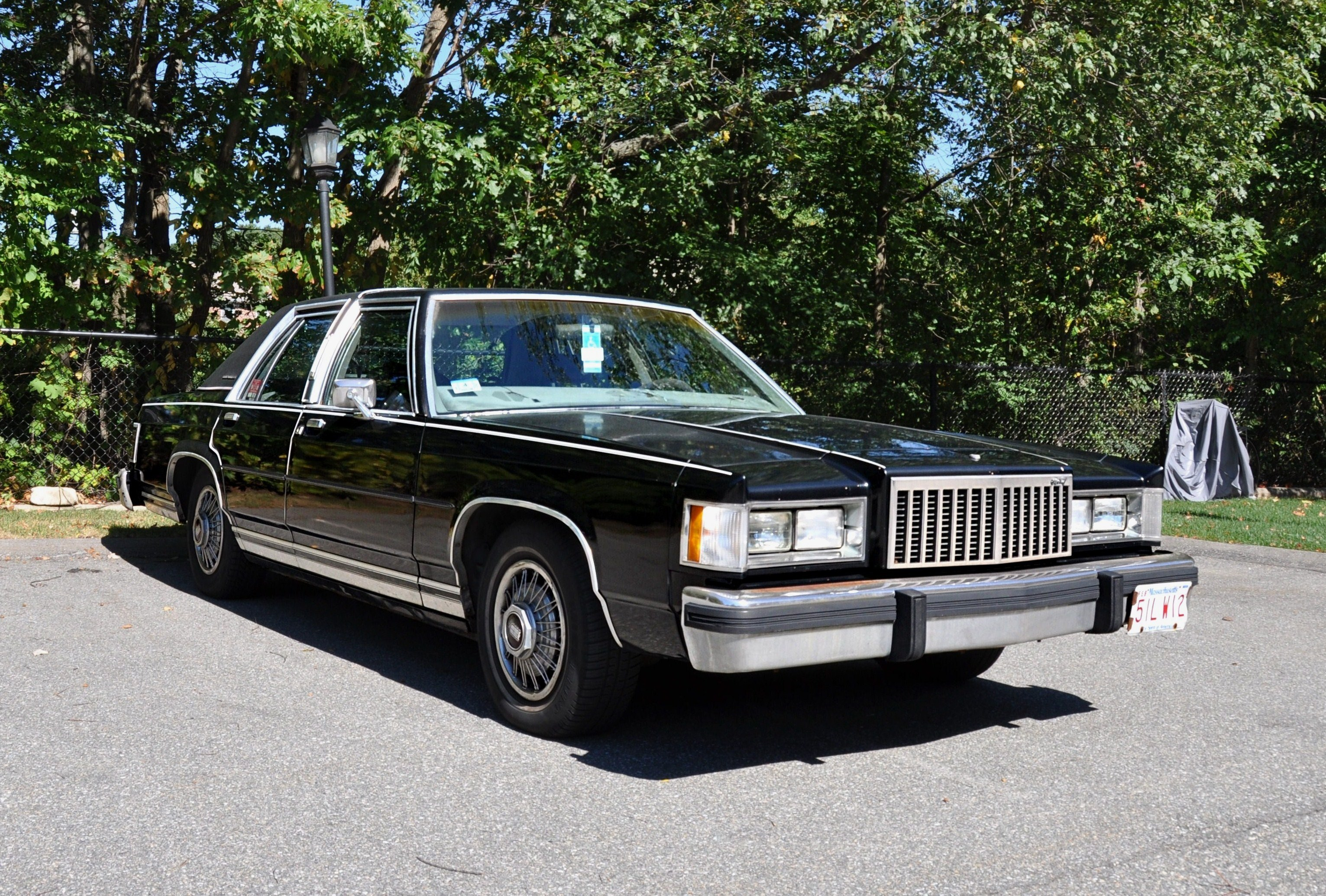 File Black Grand Marquis Jpg Wikimedia Commons