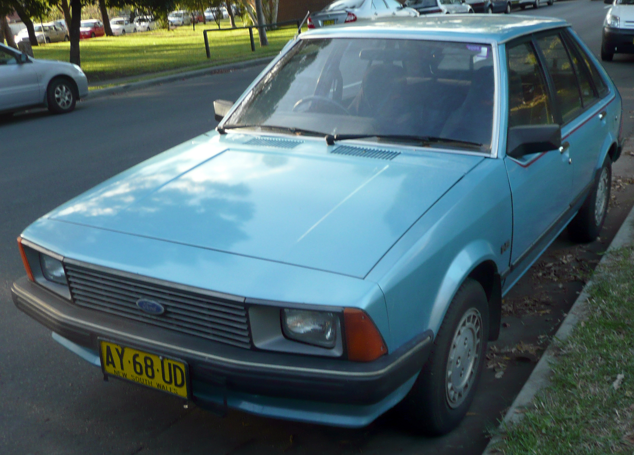 File:1981-1983 Ford Laser (KA) GL 5-door hatchback 01.jpg - Wikimedia Commons