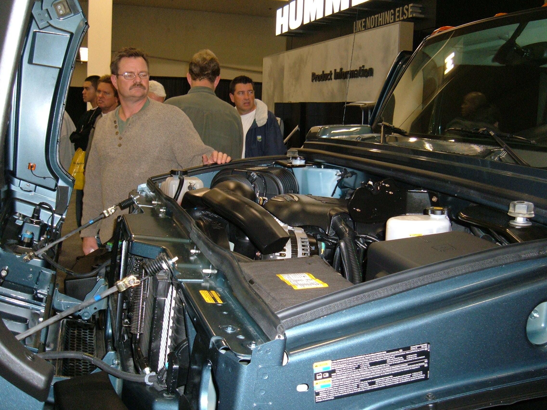 File 2005 Blue Hummer H2 Engine Jpg