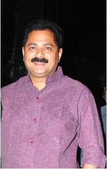 Aadesh Bandekar - marathitvshowstars.blogspot.in