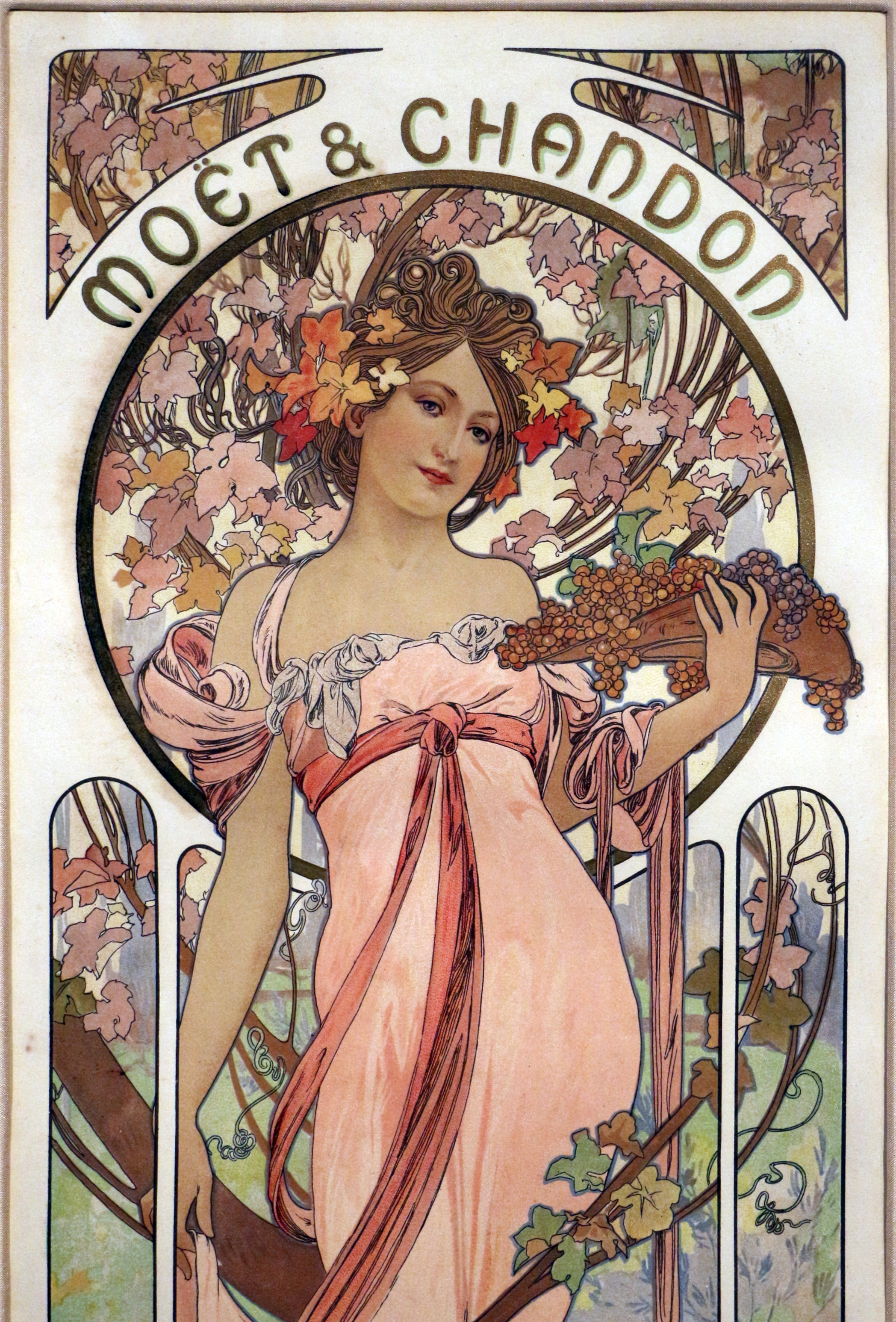 File:Alfons mucha, moët et chandon, 1899 (richard fuxa fundation ...