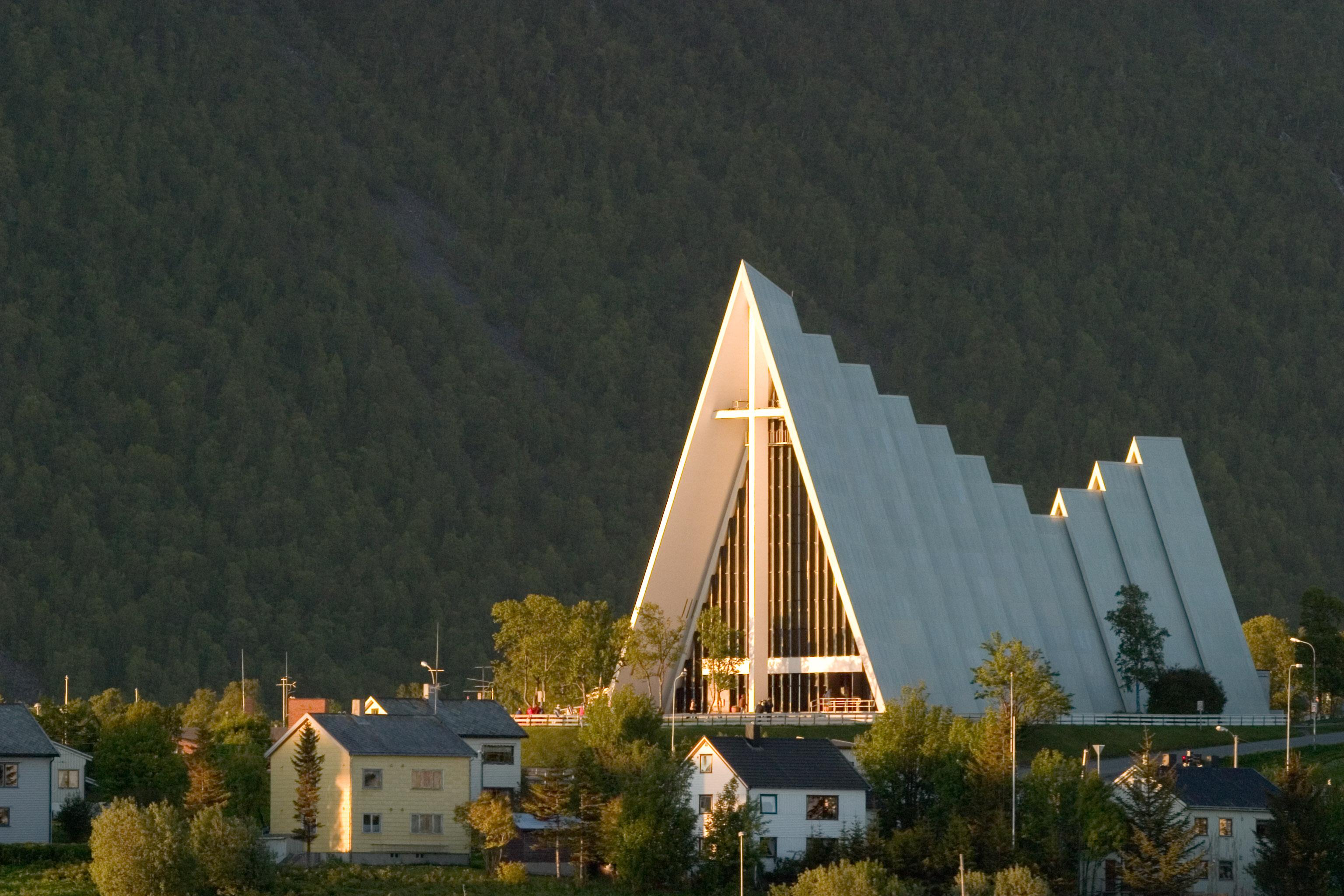 Norvegia, copiii luaţi de la părinţi și protestantismul
