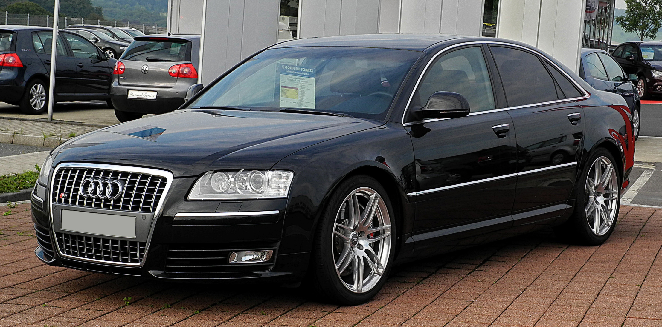 File:Audi S8 (D3, 2. Facelift) – Frontansicht, 21. Juli 2011 ...