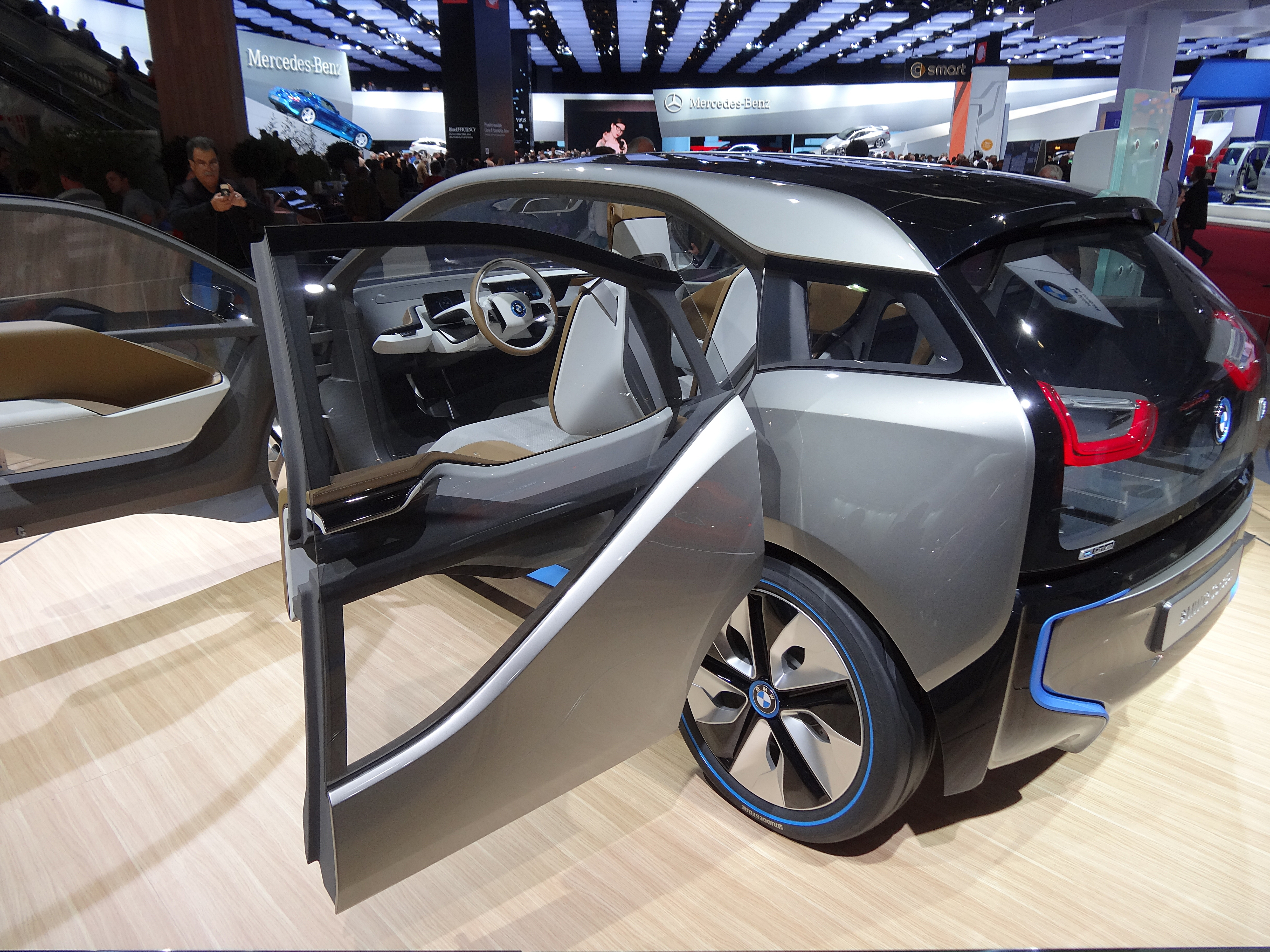 file bmw i3 concept 2013 26635718196 jpg wikimedia commons. Black Bedroom Furniture Sets. Home Design Ideas