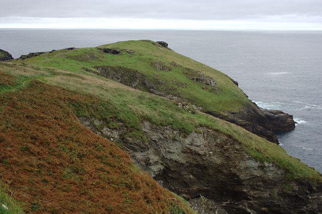 File:Barras Nose - geograph.org.uk - 1478901.jpg