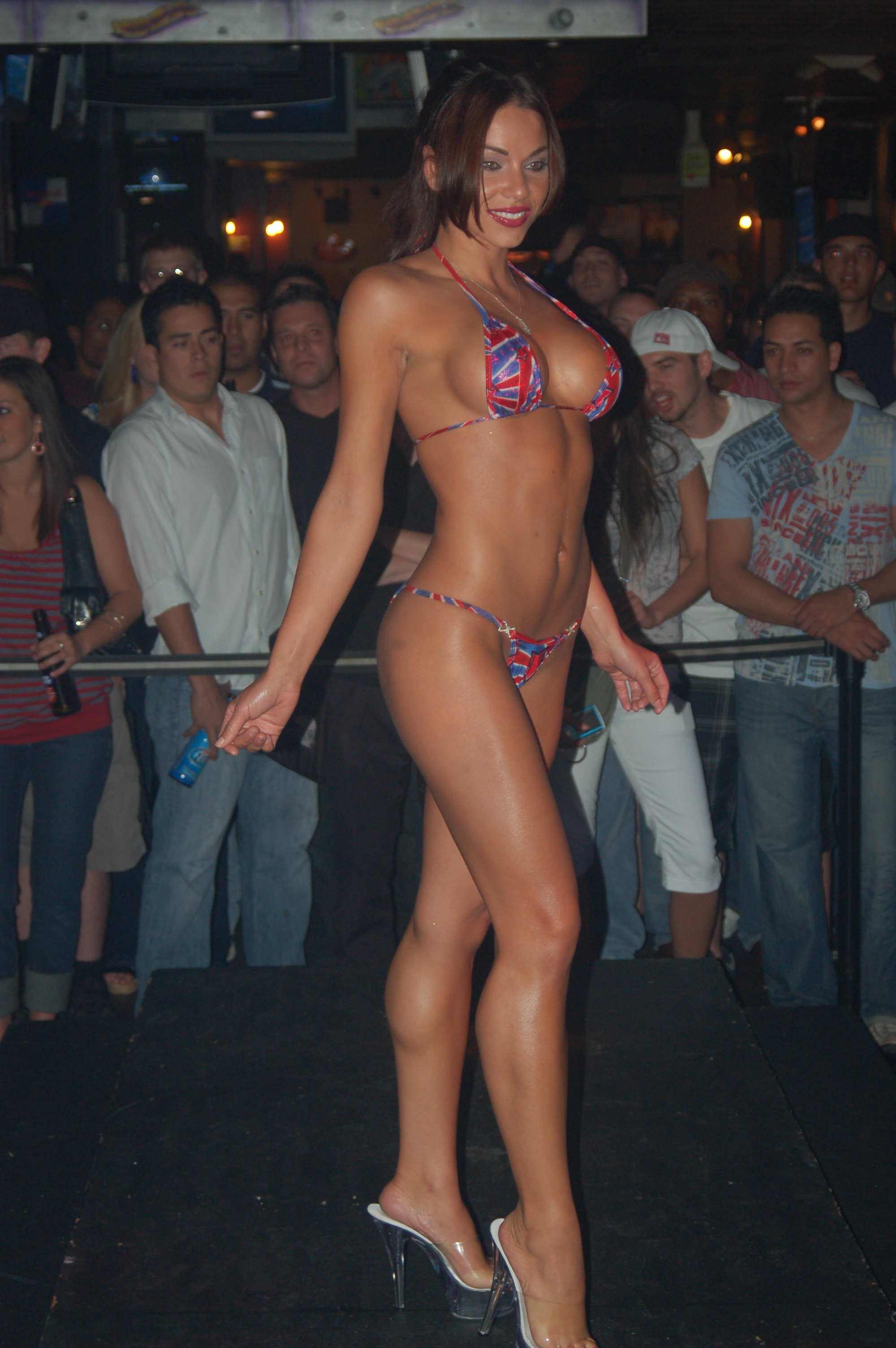 tall woman exercising naked