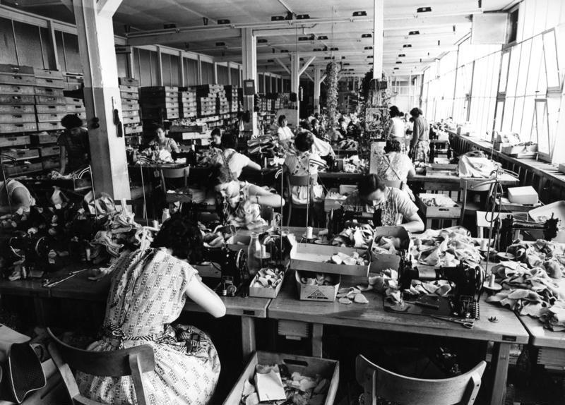 Фабрика плюшевых мишек 1960, Германия