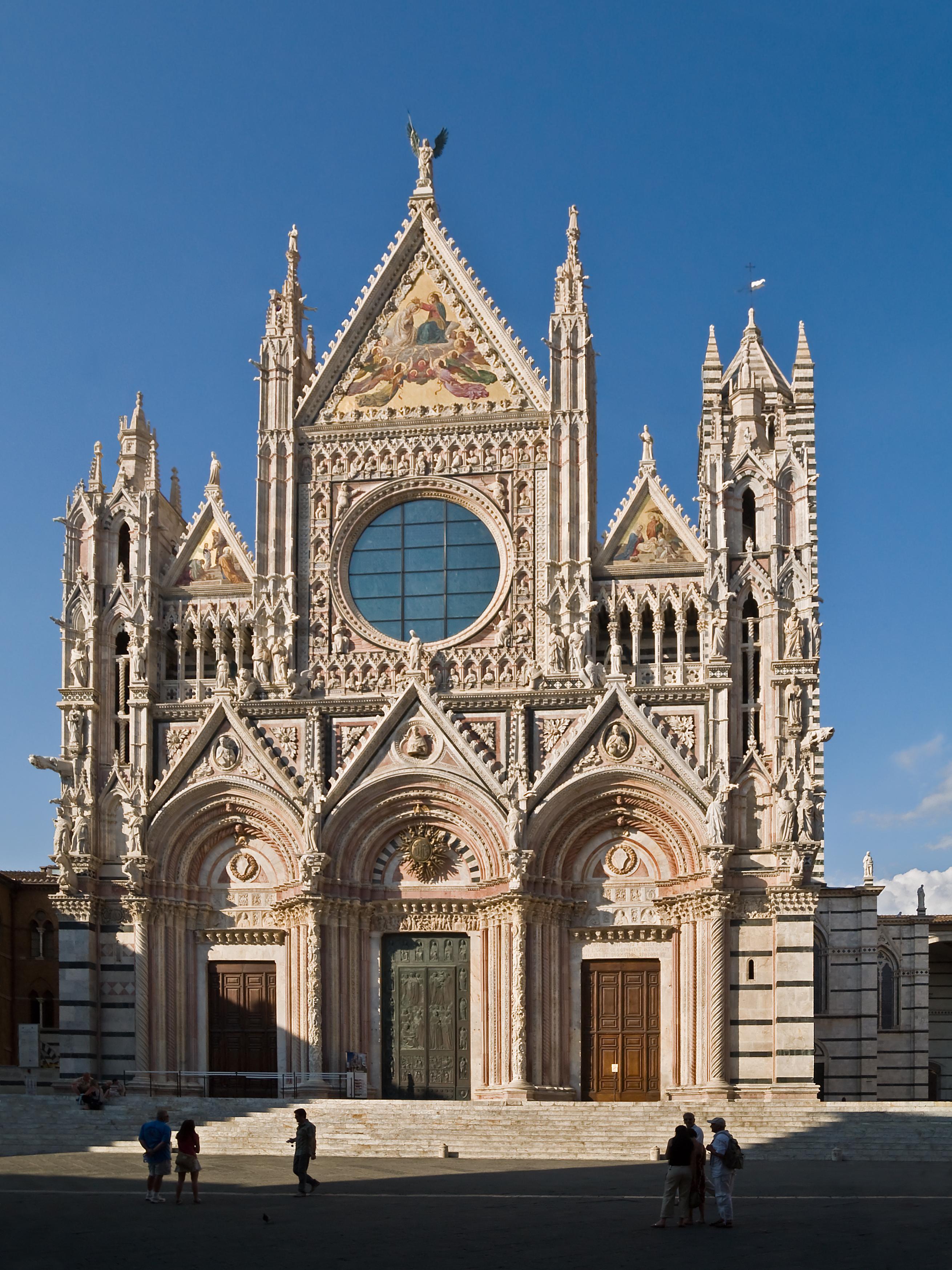 Italian gothic architecture for Facade terre de sienne