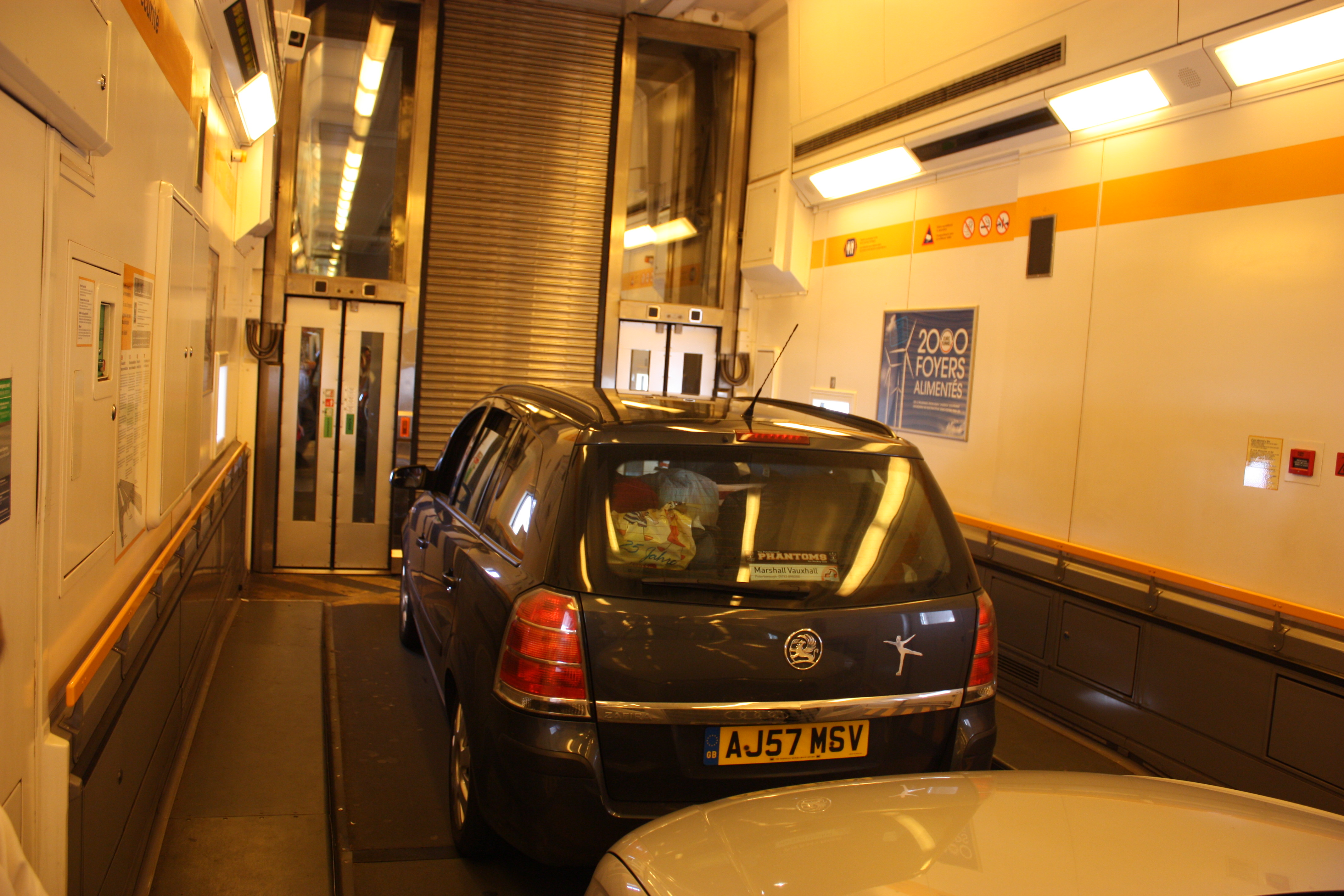 File Channel Tunnel Car Shuttle 2010 3487 Jpg Wikimedia Commons