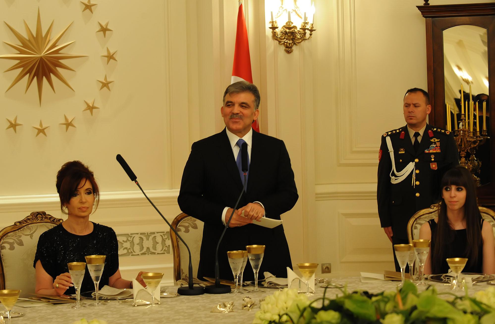 Dosya:Cristina Kirchner And Abdullah Gul In Turkey 6.jpg