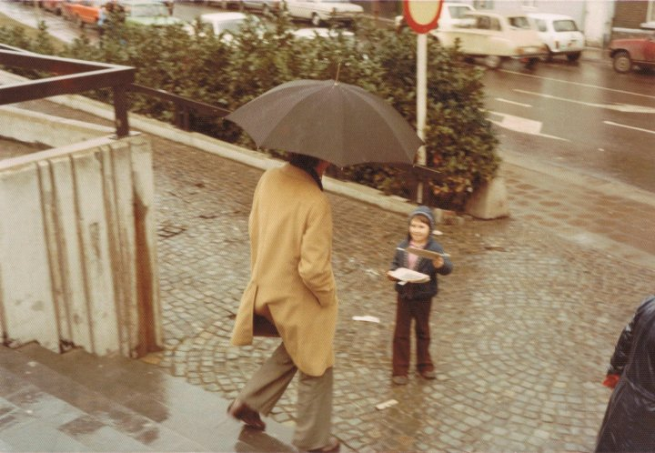 Damon Matthew Wise in 1977 outside Twee Toren Hasselt under 7 years old.jpg