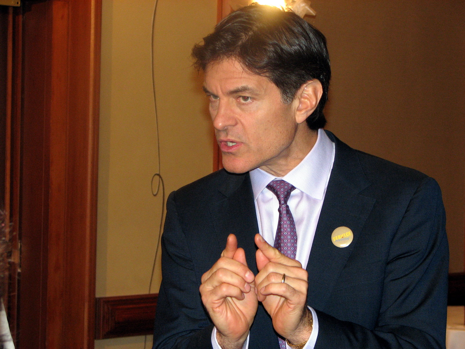 File:Dr. Oz at ServiceNation 2008.jpg - Wikipedia, the free ...