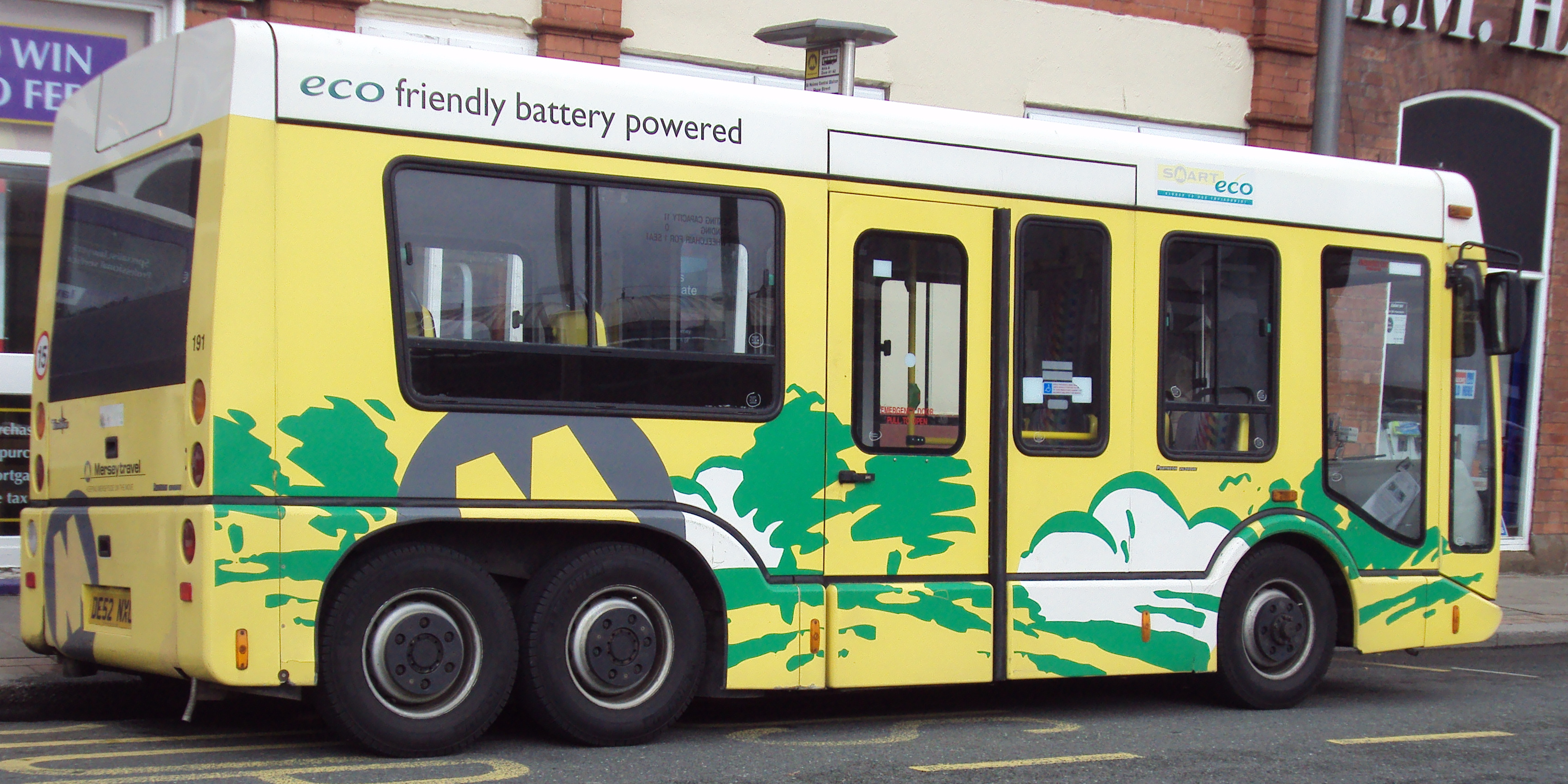 file:eco-bus at st helens, merseyside - dsc09940 - wikimedia commons