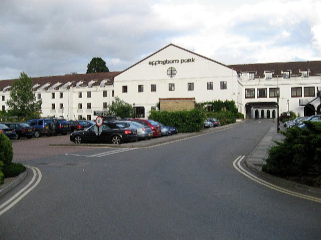 Hotels Near Gatwick South With Parking