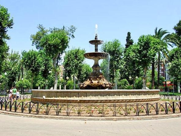 File fuente de los jardines de col n c rdoba spain jpg - Fuente para jardin ...
